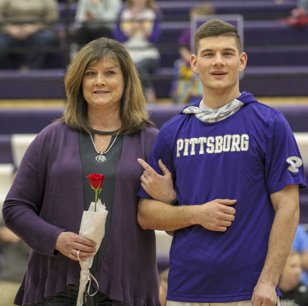 SeniorNight_2.21.19_Konopelko008