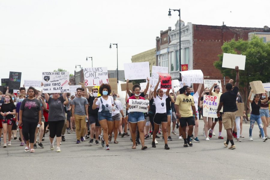 Citizens of Pittsburg protest against police brutality.