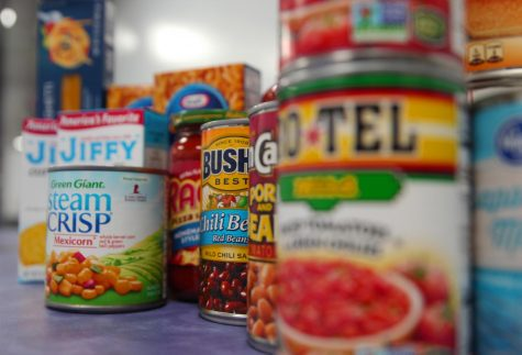 This photo showcases examples of what students and staff can donate to the food drive.