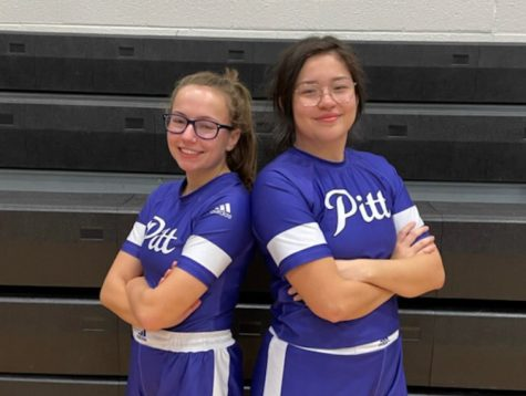 Seniors Rebeccah Jones and Mercedes Angeles qualified for the state tournament.