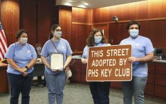 Navigation to Story: Mayor recognizes Key Club and school staff
